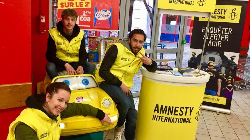 amnesty, centre commercial